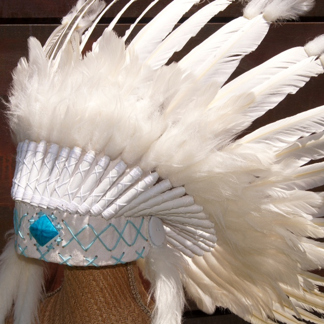 Headdress White with Turquoise