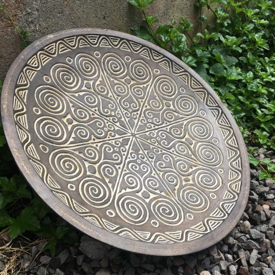 CARVED PLATE LARGE