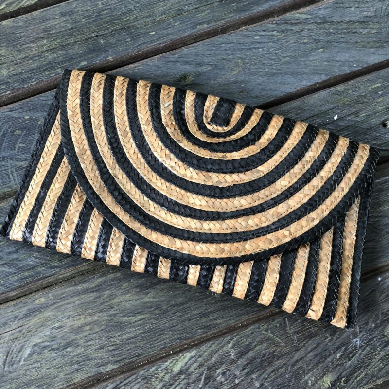 STRIPE CLUTCH-BLK/TAN