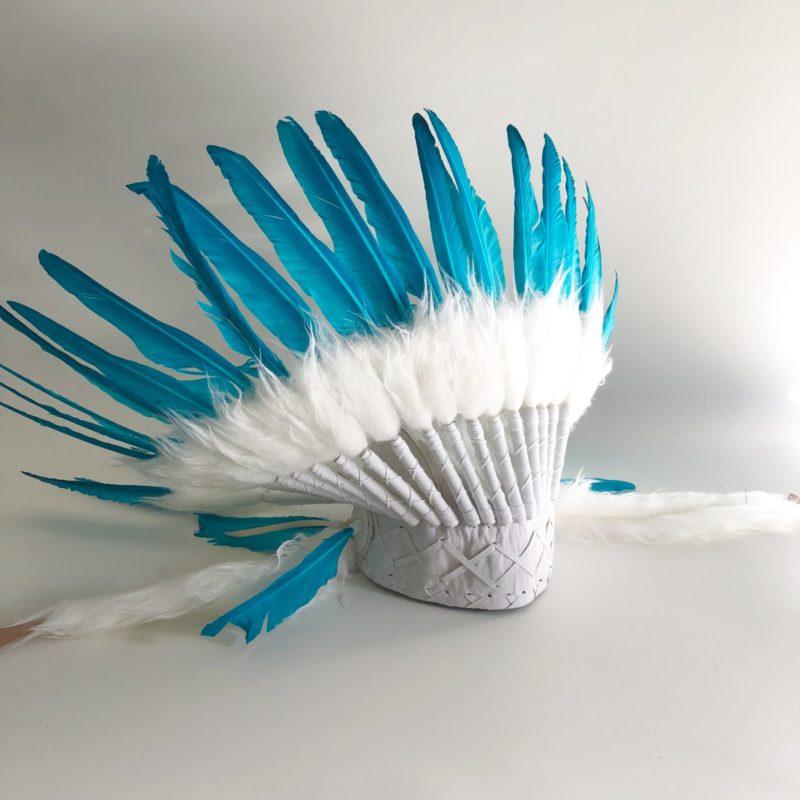 Headdress white and turquoise